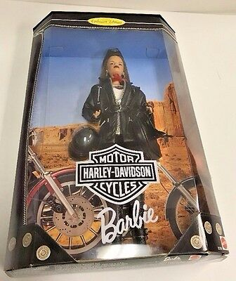 Barbie Collectibles: Harley- Davidson Barbie 2000 Collector Edition F38