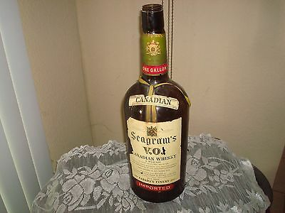 1 Gallon Seagram's Canadian Whisky Glass Bottle (empty)