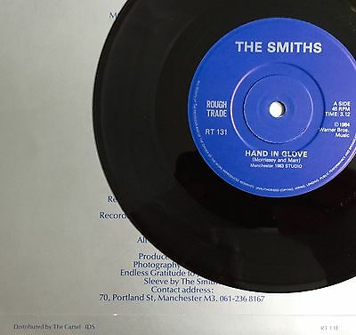 THE SMITHS -Hand In Glove- UK 1st Manchester sleeve / 2nd solid centre vinyl