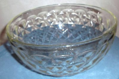 Unmarked Medium Clear Glass Bowl-Diamond Pattern