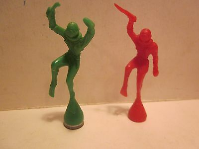 "VINTAGE 1950s, KELLOGG CEREAL PROMO SCUBA DIVERS, LOT OF 2, 3"" TALL"