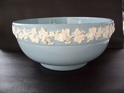Wedgwood Queensware Fruit Bowl in excellent condition.
