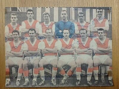 Rare Rotherham United Reynolds News colour team picture 10 autographs 1960/61