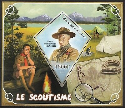 MALI 2013-57 Scouts  Scoutisme  Pfadfinder Baden-Powell MNH