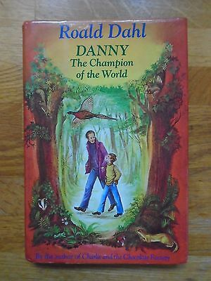 RARE FIRST (1ST) EDITION of DANNY THE CHAMPION OF THE WORLD by ROALD DAHL. BFG