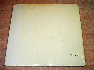 The Beatles/The White Album/1968 Apple Double LP + Poster + Inserts/No. 0547780
