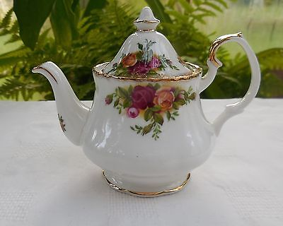 Vintage Royal Albert Old Country Roses Miniature Teapot
