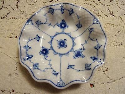 Bing & Grondahl   Blue Traditional Scalloped Bowl Hotel Ware