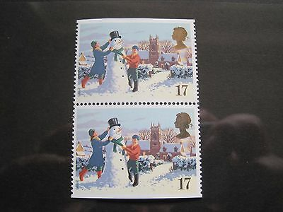 QE11 1990 17p CHRISTMAS MNH PAIR of STAMPS NO PERFORATIONS TOP or BOTTOM