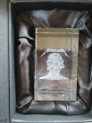 METALLICA Hardwired....to self-destruct 3 CD Set + 3D crystal cubes 2000 WW
