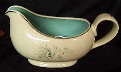 TAYLOR SMITH TAYLOR GRAVY BOAT no Liner Turquoise cream