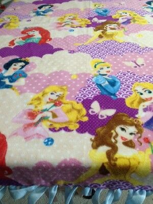"FLEECE KNOTTED BLANKET - Princess Blanket -Disney  - Approx. 70"" x 58"""