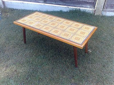 RARE GENUINE VINTAGE 1960s / 70s TILED COFFEE TABLE - RETRO / CHIC