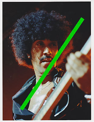 Phil Lynott of Thin Lizzy - 6x8 color concert photo #1 - picture photograph