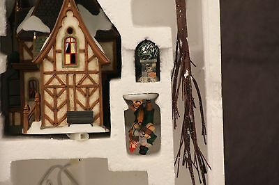 Dept 56 DICKENS' VILLAGE ~ 1 ROYAL TREE COURT Gift Set ~ 58506 ~ 2002 GUC IOB