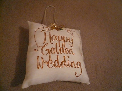 Golden Wedding wadded pillow 19cms square