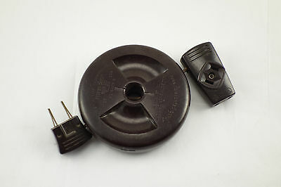 Vintage GE General Electric Genuine Bakelite Electric Cord Reel Plug Outlet