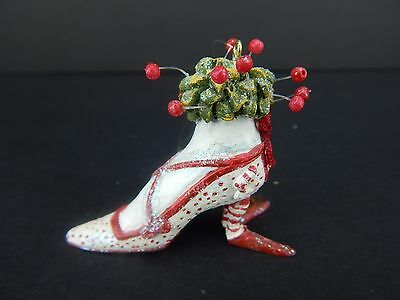 Krinkles by Patience Brewster Dept 56 Pink Shoe Man Ornament #37878 Very Small