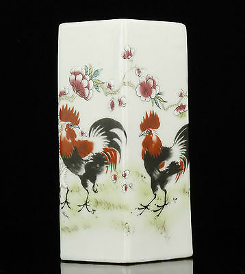 China Collectible Old Handwork Painting Rooster Pattern Porcelain Brush Pot
