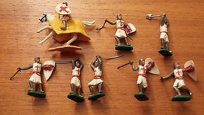 Timpo Crusader Knights Plastic Figures X 8 Pieces