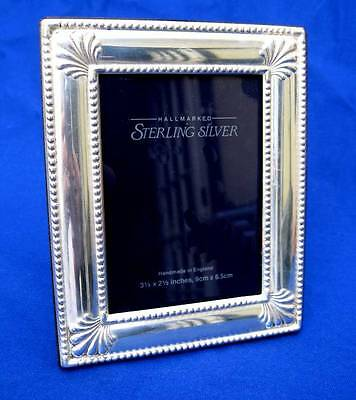 "CARRS OF SHEFFIELD ENGLISH STERLING SILVER 5"" x 4"" EASEL BACK PICTURE FRAME 1998"