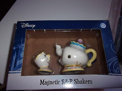Disney Westland Giftware Magnetic S& Shakers - Mrs Potts & Chip - Beauty Beast