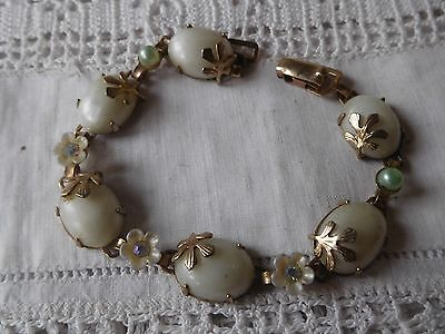 Pretty Vintage 1950s Faux Pearl Flower Bracelet signed JEWELCRAFT