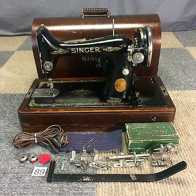Serviced Works Perfectly 1928 Singer 99 Heavy Duty Sewing Machine Bentwood Case