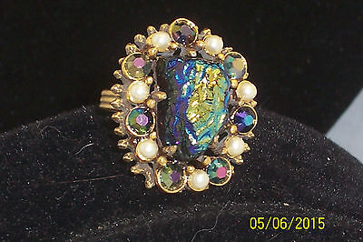 Vintage Florenza Molded Carnival Coated Glass Stone Faux Pearl & Rhinestone Ring