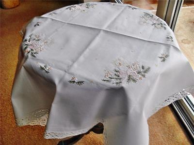 Dainty Unused Vintage Christmas Display Tablecloth With Cotton Lace Edge