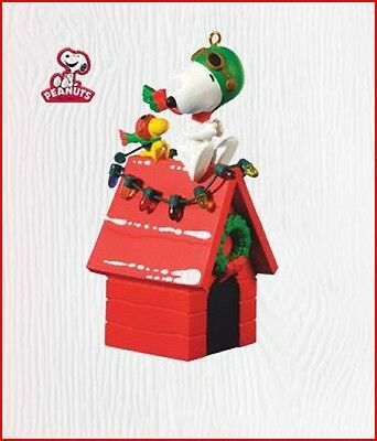 2010 Hallmark Peanuts SNOOPY Ornament A PAIR OF ACES Red Barron Pilot *Priority