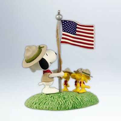 2012 Hallmark BEAGLE SCOUT SALUTE Ornament SNOOPY WOODSTOCK *Priority Shipping
