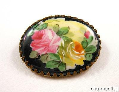 Vintage Estate Hand Painted Rose Flower Cameo Brooch Pin Oval Brass Setting