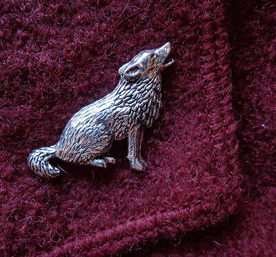 British Pewter HOWLING WOLF Brooch - A Pin for Your Lapel - Declare Yourself!