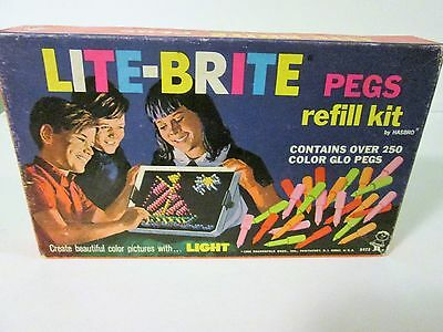 Vintage 1968 LITE-BRITE PEGS REFILL KIT No. 5473 by HASBRO tons of pegs!
