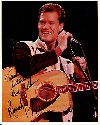 RANDY TRAVIS - Great Color Closeup Photo - SIGNED