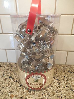 Wilton 30 Pc Metal Christmas Holiday Cookie Cutters Set Storage Container Nip