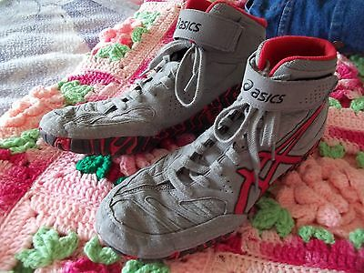 Asics Aggressor 2 Grey Red & Black Wrestling Shoe size 9 1/2 womens #J300Y
