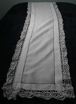 Antique White Cotton Table Runner With Ladder Stitch Lace Border (3716)