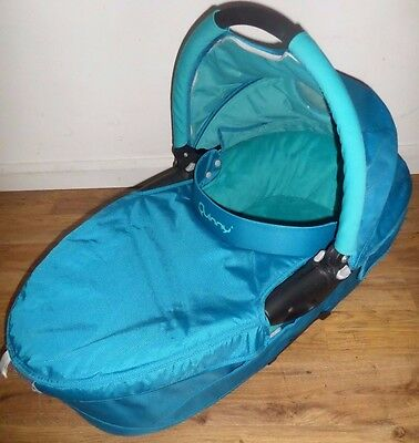 Quinny Buzz Baby Carrycot