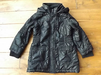 Black padded puffa jacket from M&S in age 5-6 years