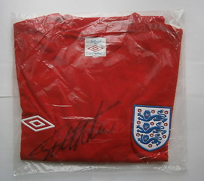 1966 England replica football shirt signed by Geoff Hurst & Bobby Charlton