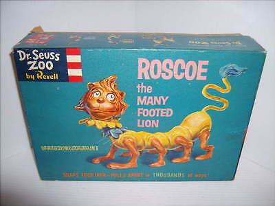 VINTAGE 1959 DR. SEUSS ZOO BY REVELL ROSCOE the MANY FOOTED LION MODEL w/ BOX