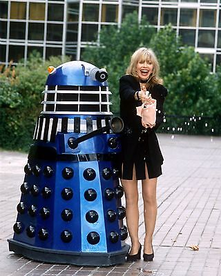 "Katy Manning Dr Who 10"" x 8"" Photograph no 15"