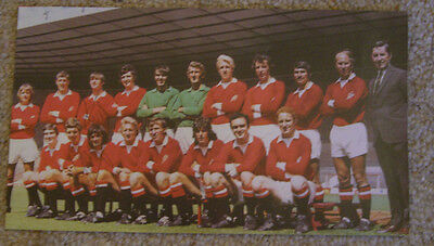 Manchester United Team signed magazine picture  - George Best
