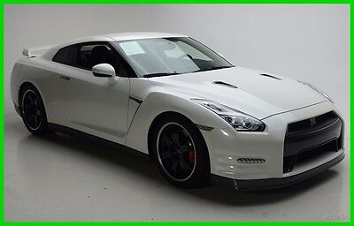 2015 Nissan GT-R  2015  Used Turbo 3.8L V6 24V Automatic AWD Coupe Bose Premium