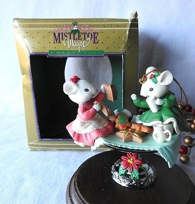 Rare Lustre Fame Limited Ornament Christmas Mice Merry Sweet Feast Mouse