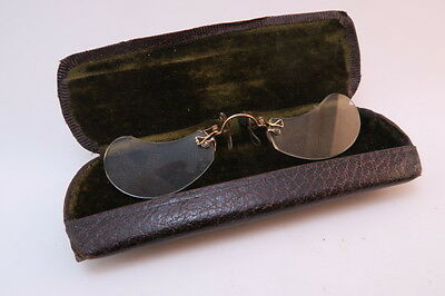 Vintage early 20thC pince nez eyeglasses with case