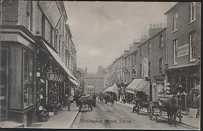 Postcard - View in Busy Wellington Street, Luton, Bedfordshire. Posted in 1906.