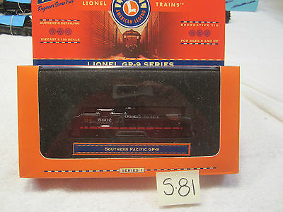 S81 Lionel GP-9 Series Loco W/Decorative Tin 1:120 Original Box Southern Pacific